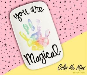 Aventura Rainbow Hand-print